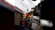 Cháy cáp viễn thông gây náo loạn cả khu dân cư