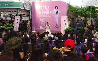 Đông đảo người hâm mộ đội mưa đến buổi ra mắt sách của Ngô Thanh Vân